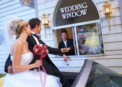 Britney Spears And Jason Allen Alexander The Little White Wedding Chapel Is A Top Choice