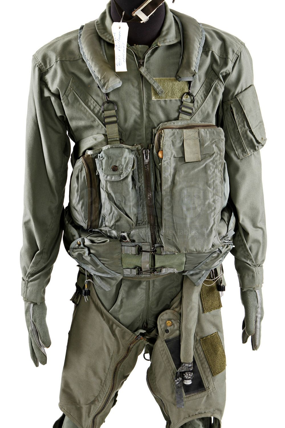 Flight Suit5 Jpg 1000 1500 Flight Suit Flight Suits Military Outfit