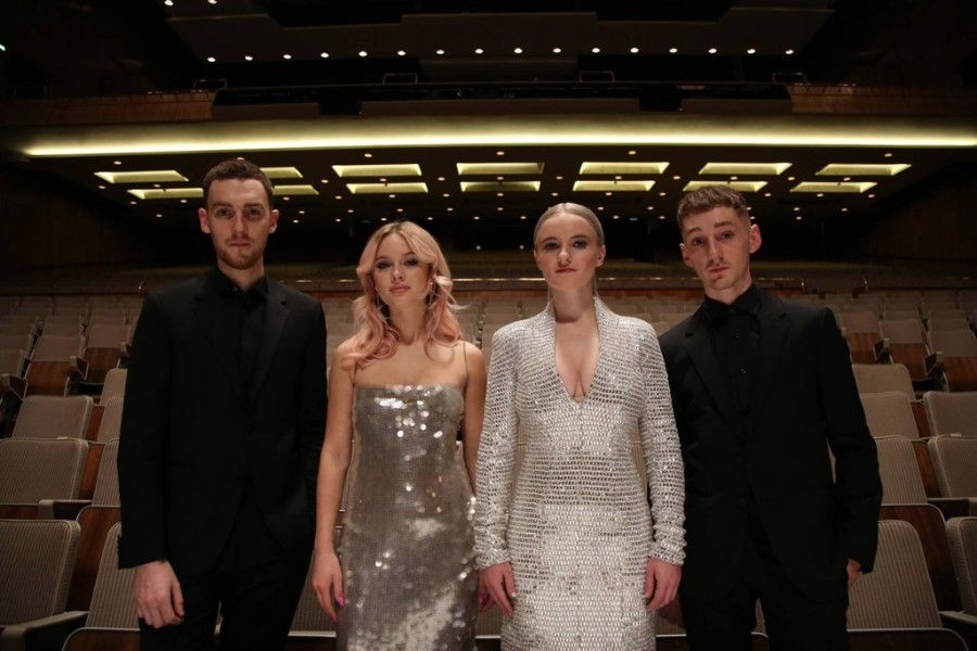 Clean Bandit Premieres New Music Video For Symphony Featuring Zara Larsson Zara Larsson Zara Event Outfit
