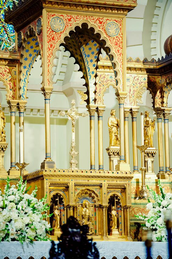 Stunning altar! Gorgeous place to say your I do's