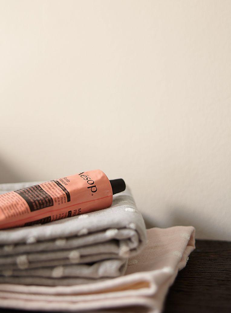 alpina feine farben no 08 elegante gelassenheit ruhiges hellbeige wohnen pinterest. Black Bedroom Furniture Sets. Home Design Ideas