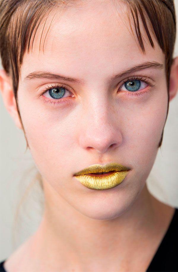 golden lips