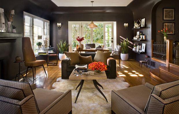 mom's living room: brown walls