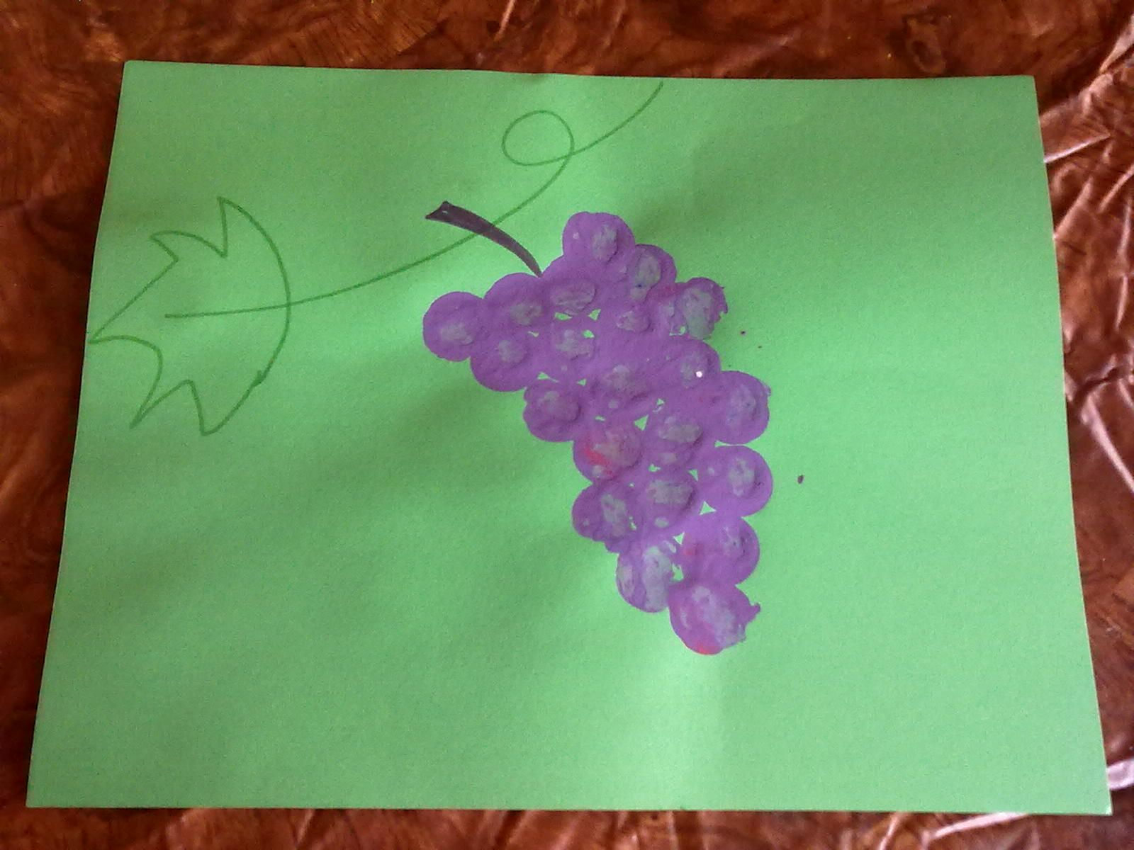 grapes preschool craft | Grape painting use a cork (inspired by a ...