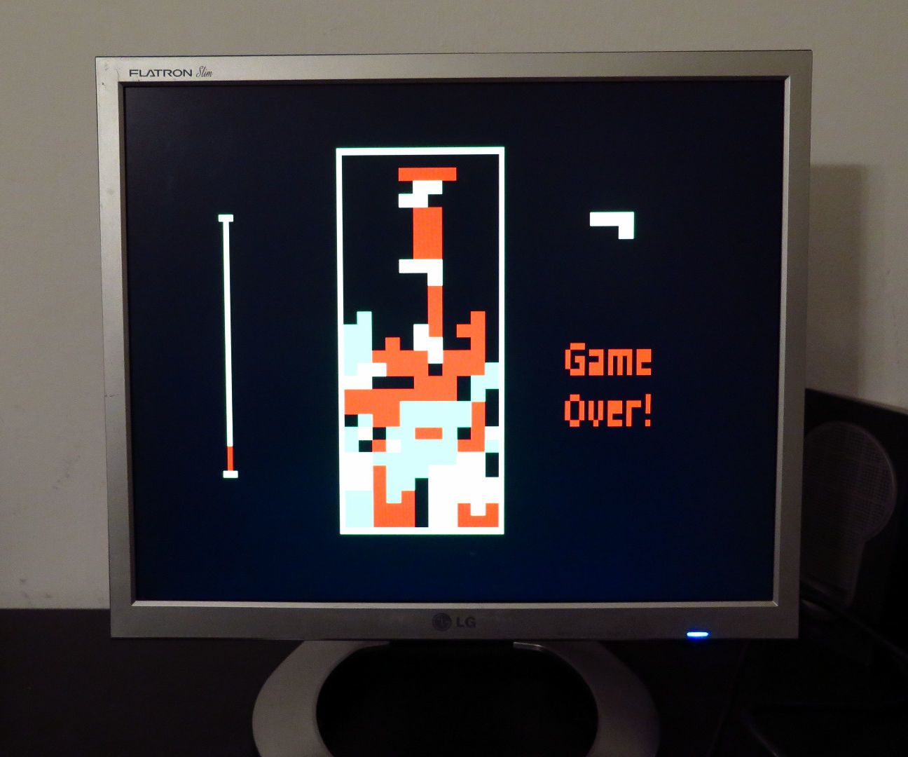 I have reproduced a color version of the classical game TETRIS running for a VGA monitor, by means of a bare Arduino Uno and few other components.The goal was to avoid any special shield or supporting IC. The only needed components are four buttons, few resistors and a DSUB15 connector. I used Arduino IDE 1.6.4. and the VGAx library done by Smaffer and publish on GitHub here. This library allows to use four color with a resolution of 120 x 60 pixels, not many but enough for this retro-game…