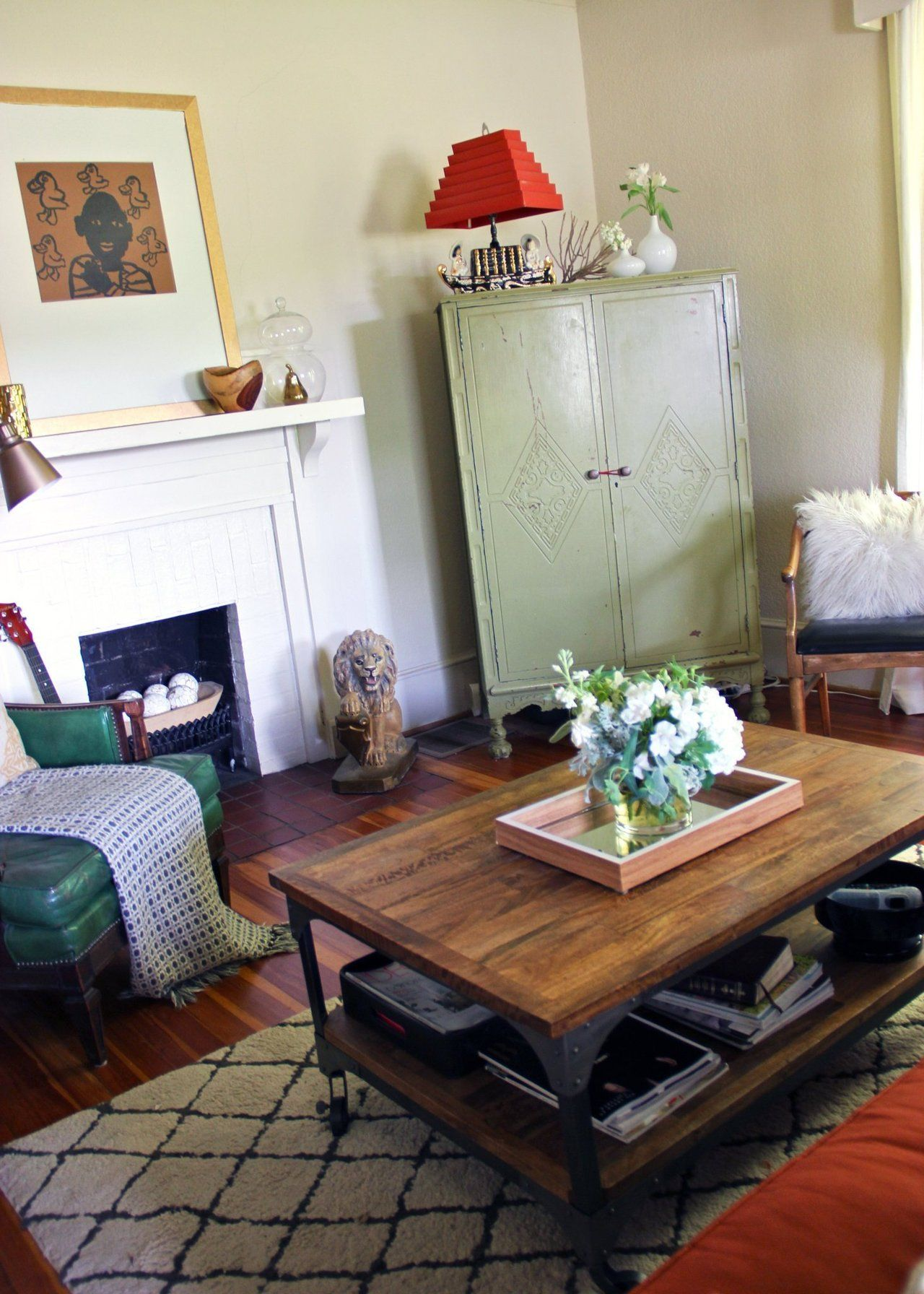 Vintage Living Room Ideas For Small Spaces: Nikki's Vintage Boho Styled Bungalow