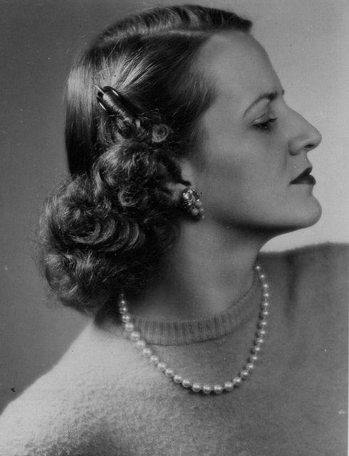 Untitled 1940s Hairstyles Vintage Hairstyles Hair Styles