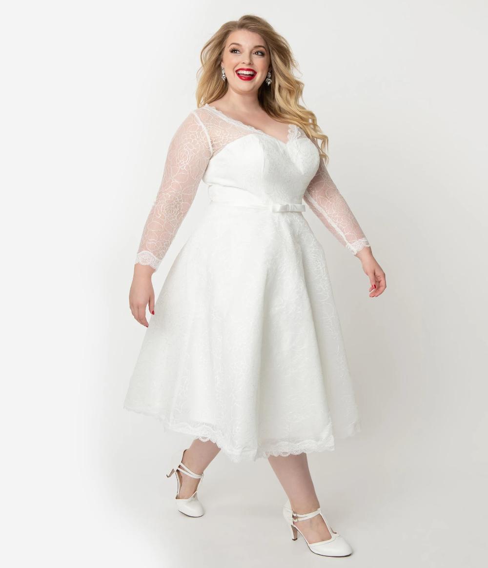 Unique Vintage Plus Size 1950s White Lace Long Sleeve Martinique Bridal Dress Plus Size Wedding Gowns Vintage Inspired Wedding Dresses Wedding Dresses Unique [ 1164 x 1000 Pixel ]