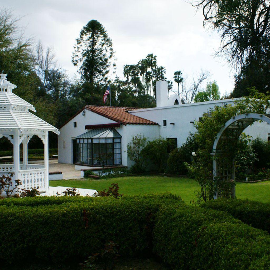 15 Of The Most Inexpensive La Wedding Venues La Wedding Venues Wedding Venues Affordable Wedding Venues