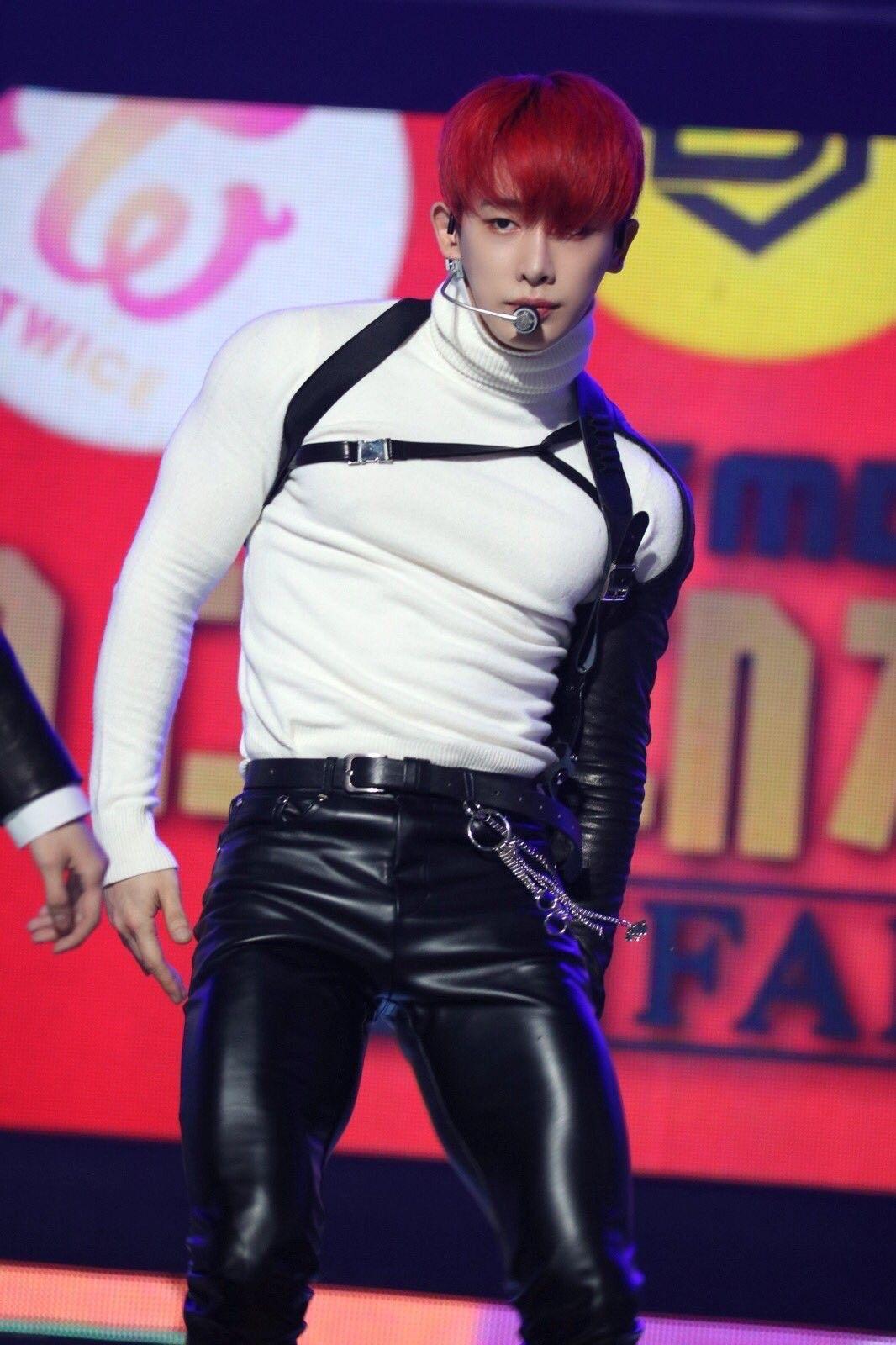Wonho Leg Goals Monsta X Wonho Monsta X Asian Men