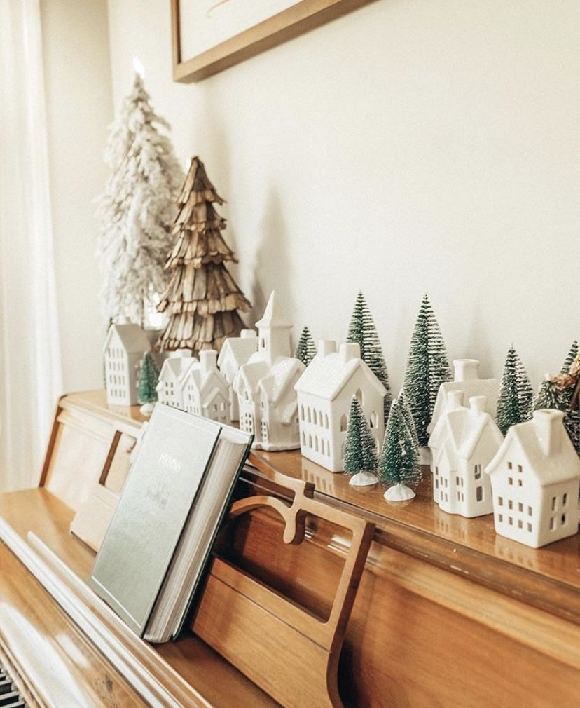 Pin by Maggie Lohr on Home Decor Christmas interiors