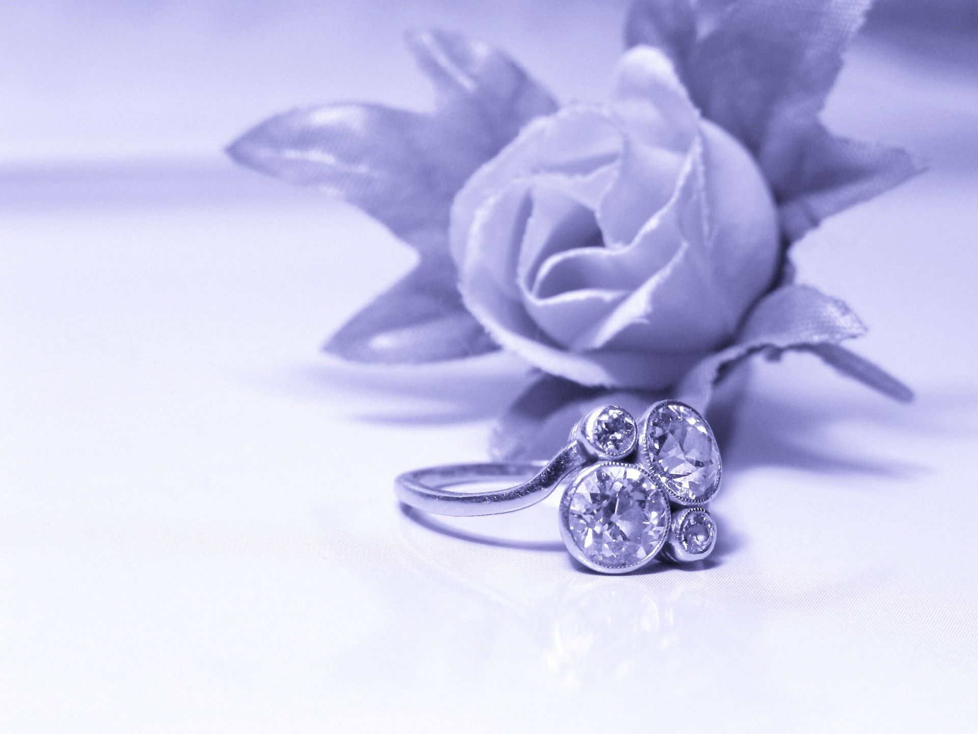 Awesome Purple Wedding Ring Wallpaper