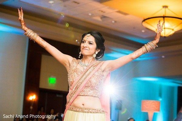 Reception http://www.maharaniweddings.com/gallery/photo/57305 @sachianand
