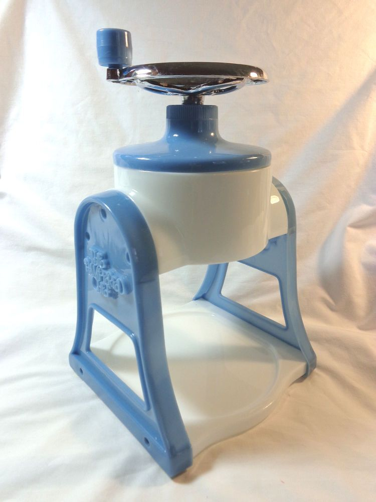 The Pampered Chef Ice Shaver Slushie Snow Cone Shaved Ice Maker