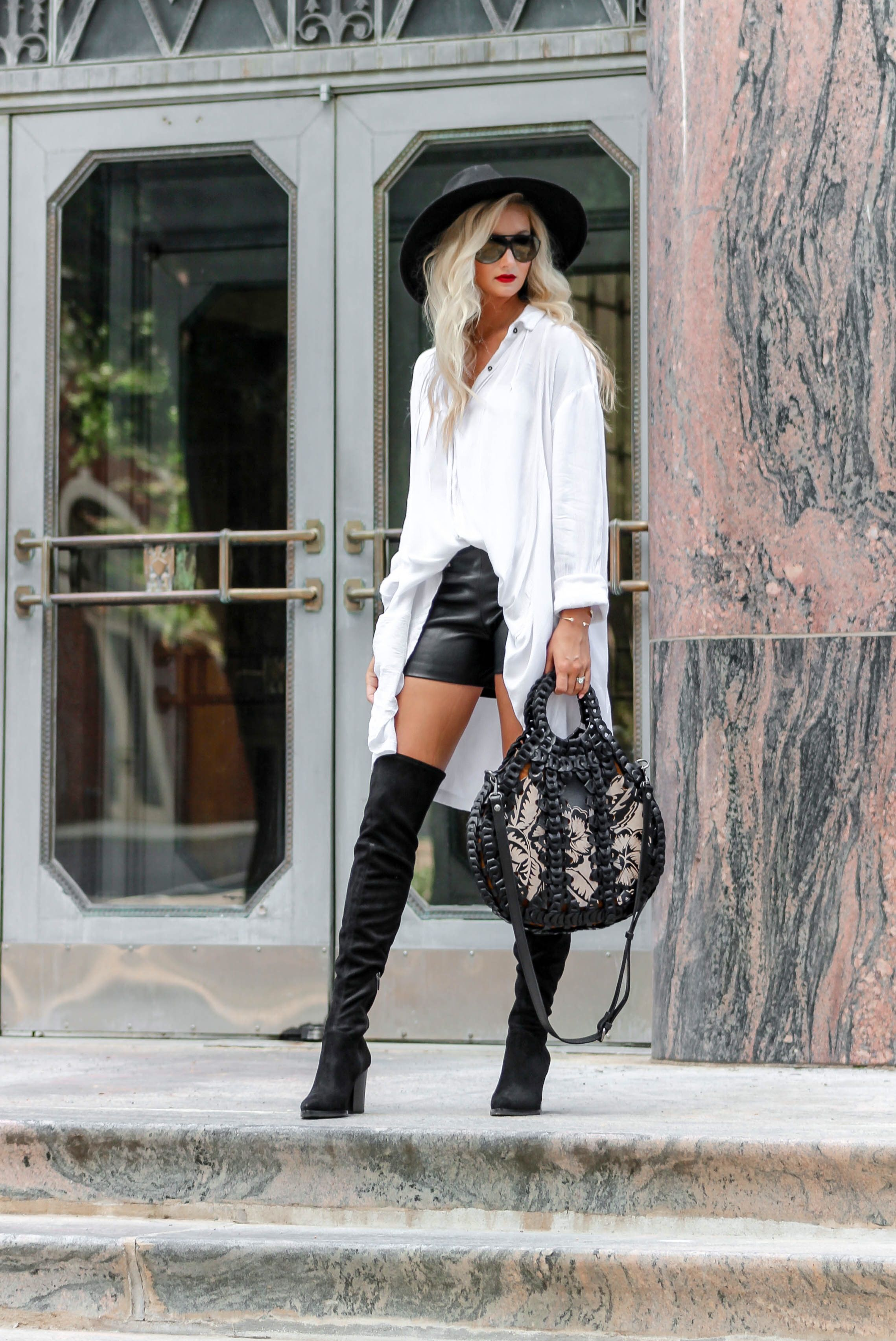 Fall Fashion And Style Autumn Leopard Print Black And White Style B W Outfits White Dresses Chic Outfits Edgy Edgy Fashion Chic Fall Fashion Outfits [ 3410 x 2278 Pixel ]