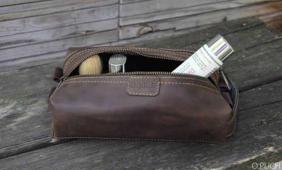 f0d5bf72eb Men s shaving bag - Coffee Leather Dopp Kit - Waxed Leather Toiletry Bag - Groomsman  Gift - Christma