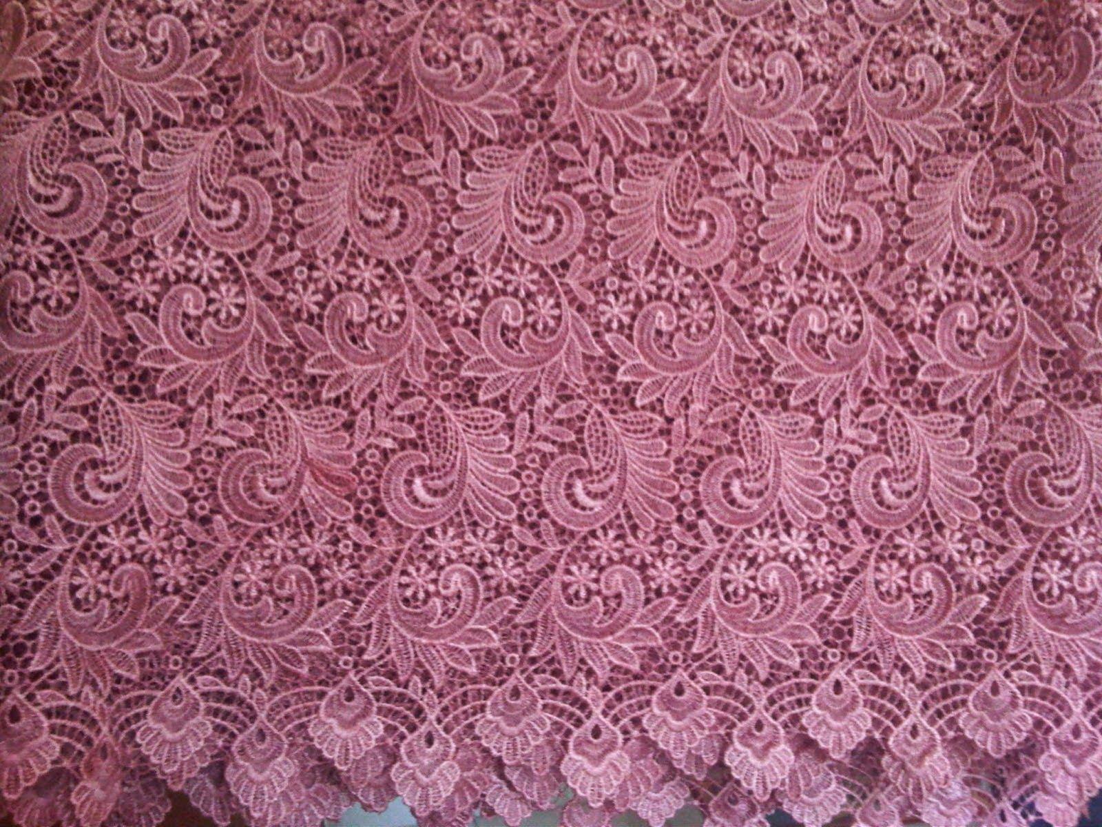 Macam-macam kain brokat untuk kebaya  f165ed15cc