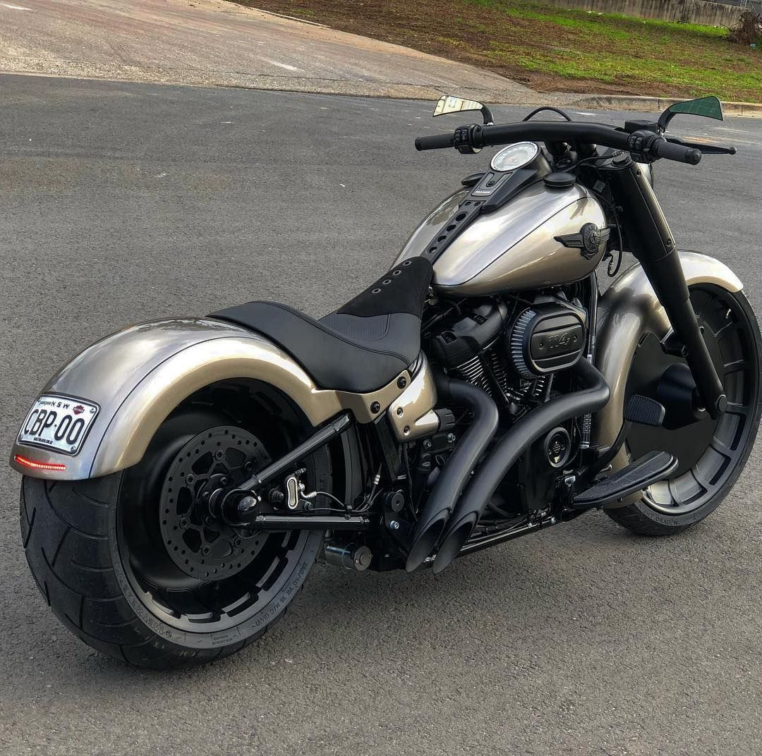 2018 Fatboy The Way Harley Should Have Done It Our 23 Replica Wheel Custom Guards Seat Harley Fatboy Harley Davidson Motorcycles Fatboy Bobber Motorcycle