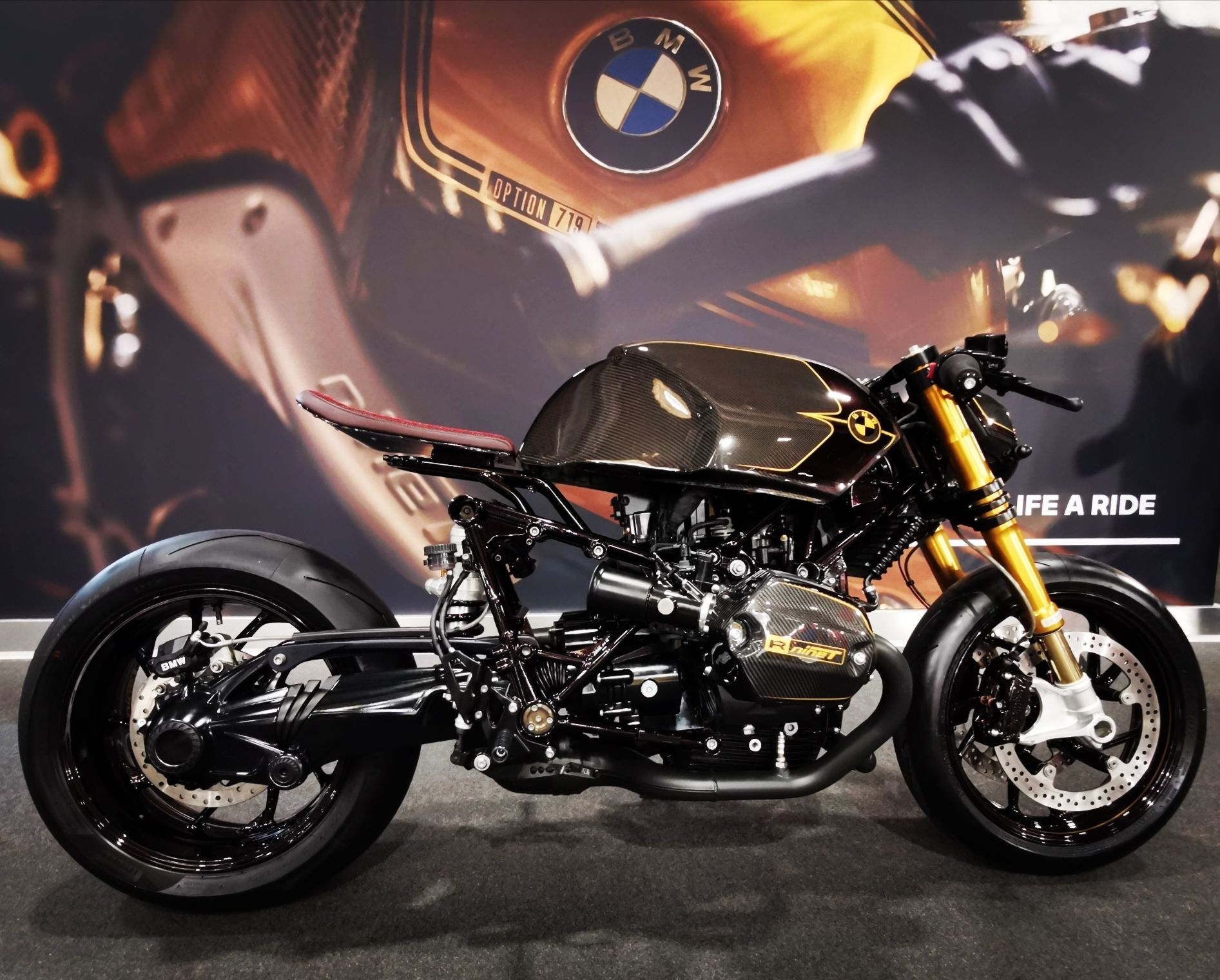 Pin By Tossa R On Bmw R Nine T Cafe Racer Carbon Edition In 2020