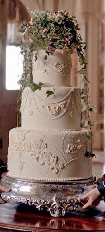 Ediths wedding cake - seems a pity to let a perfectly good pudding go to waste!