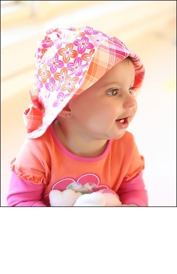 Simple Sunbonnet - IJ955 - darling reversible hat sewing pattern in three sizes for infant, toddler & child from IndygoJunction.com