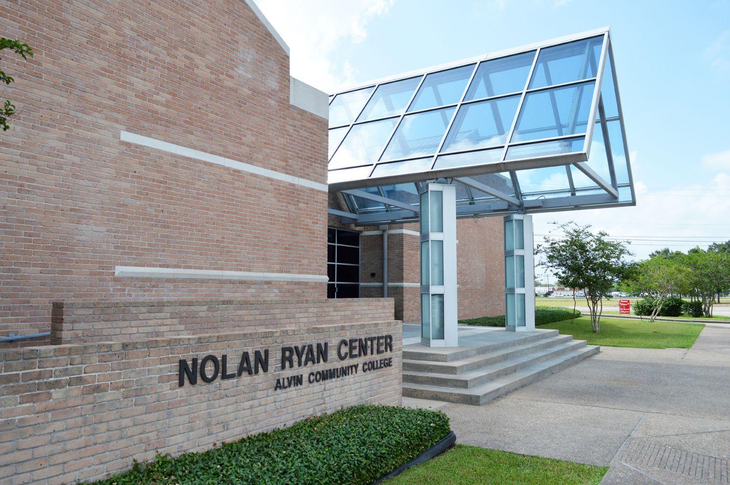 The Nolan Ryan Exhibit and Center (Alvin Texas ...