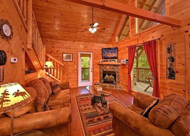 A Bear S Eye View 251 2 Bedrooms In Sevierville Cabin Rental Smoky Mountain Cabin Rentals Cabin Smoky Mountains Cabins