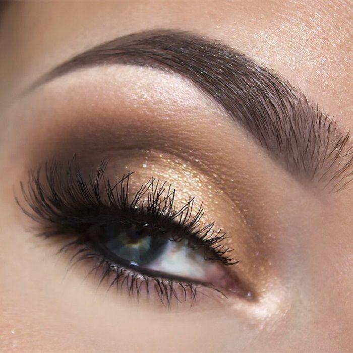 77 Gorgeous Eye Makeup For an Impressive Look Give Your Eyes Some Serious Pop - eye shadow ,gold eye makeup ,Glam eye makeup ,eyeshadow #eyemakeup #sexyeyes #makeup #eyemakeupideas #goldmakeup