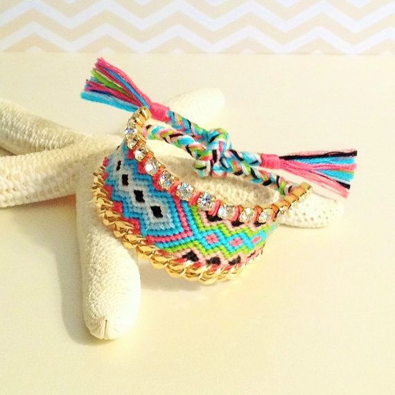 OOAK Boho Glam Friendship Bracelet with Rhinestones por AllyriaSky