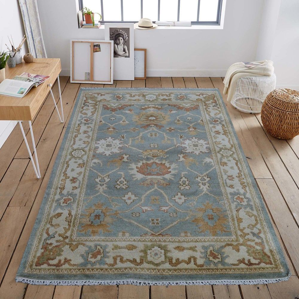 Gretel This Traditional Rug Design Is