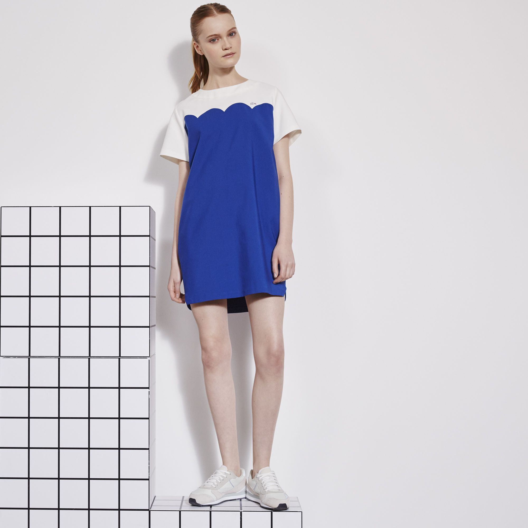 http://global.lacoste.com/en/lacoste/women/clothing/dresses-skirts/two-tone-dress-with-wave-cutout/EF8021-00.html?dwvar_EF8021-00_color=YQ5