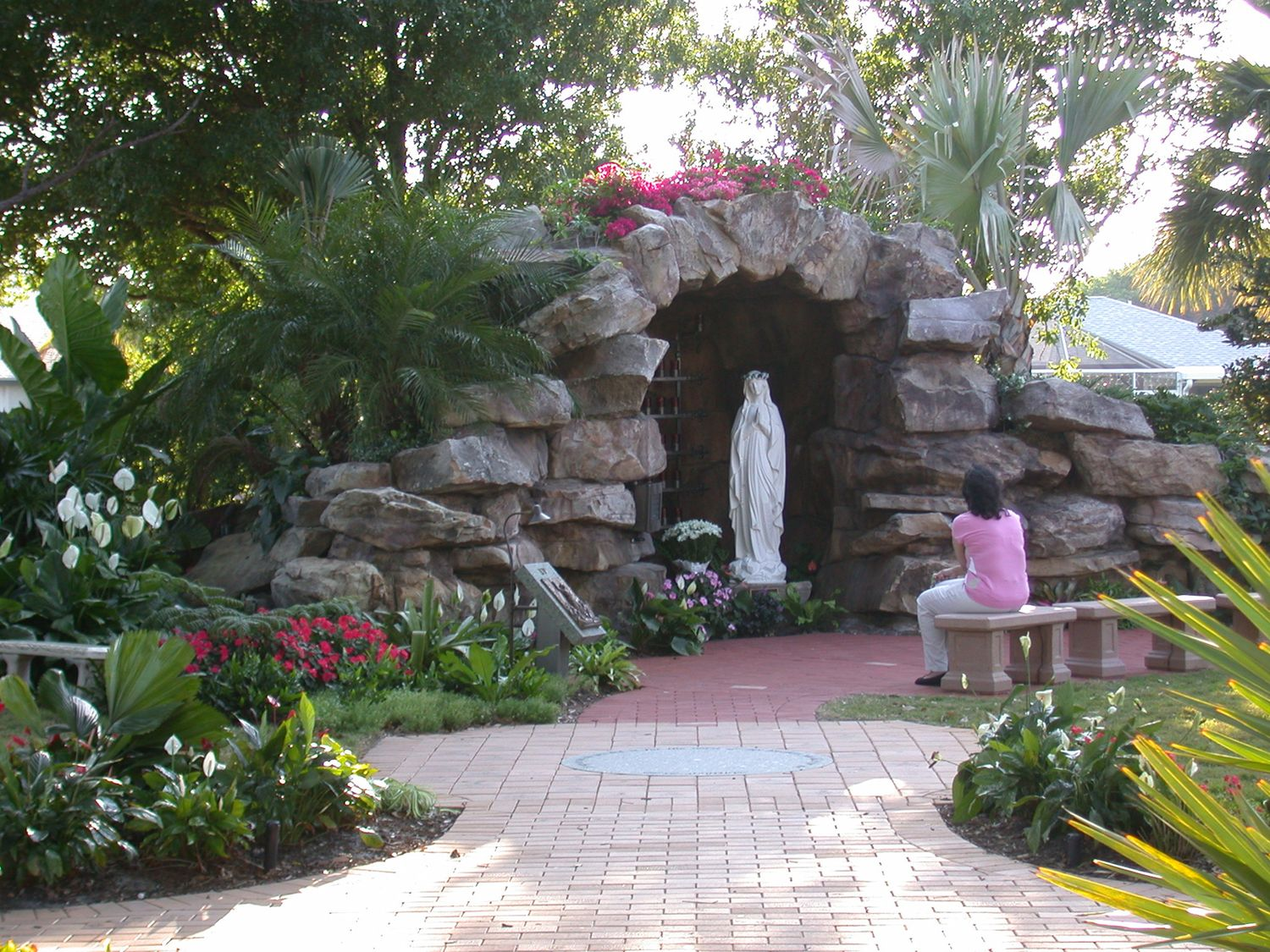 Meditation Garden At St Peter Catholic Church Jupiter Entry To Grotto Landscaping