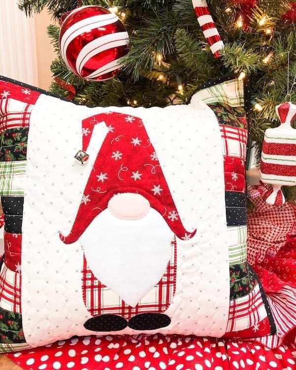 GNOME für das Holidays Pillow Kit - #christmas #das #für #Holidays #Kit #pillow #quotGNOMEquot #christmasgnomes