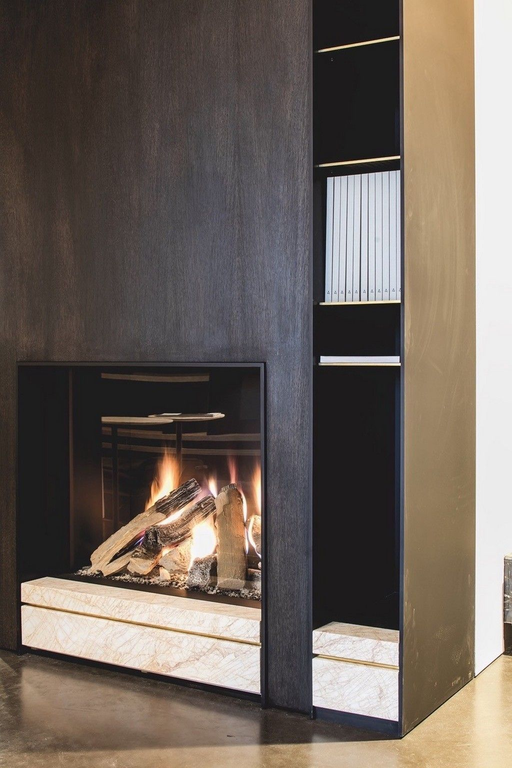 Fire place golden spider natural stone by potier
