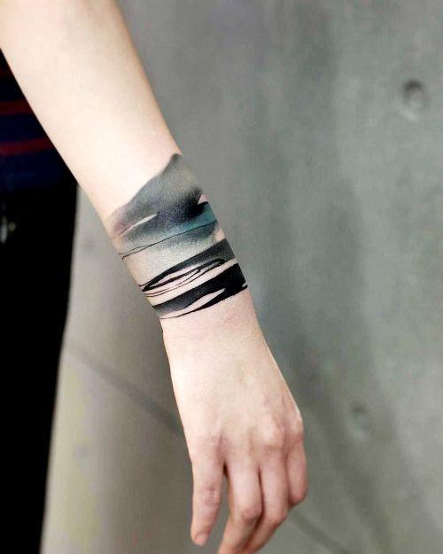 80 Handgelenk Tattoo Ideen und ihre Bedeutung - Wohnideen und Dekoration #tattoosandbodyart