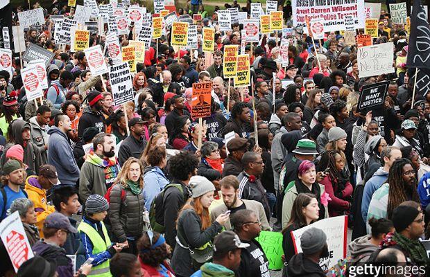 Missouri Marcha Pidiendo Justicia Racial Injustice Protest Louis