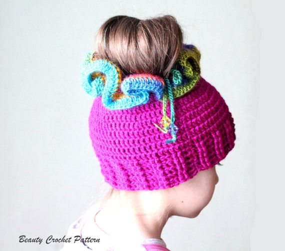 Messy Bun Crochet Hat Pattern, Crochet Ponytail Hat Pattern, Crochet Hat Ponytail Pattern, Ponytail Beanie Pattern, Bun Hat Pattern #kidsmessyhats