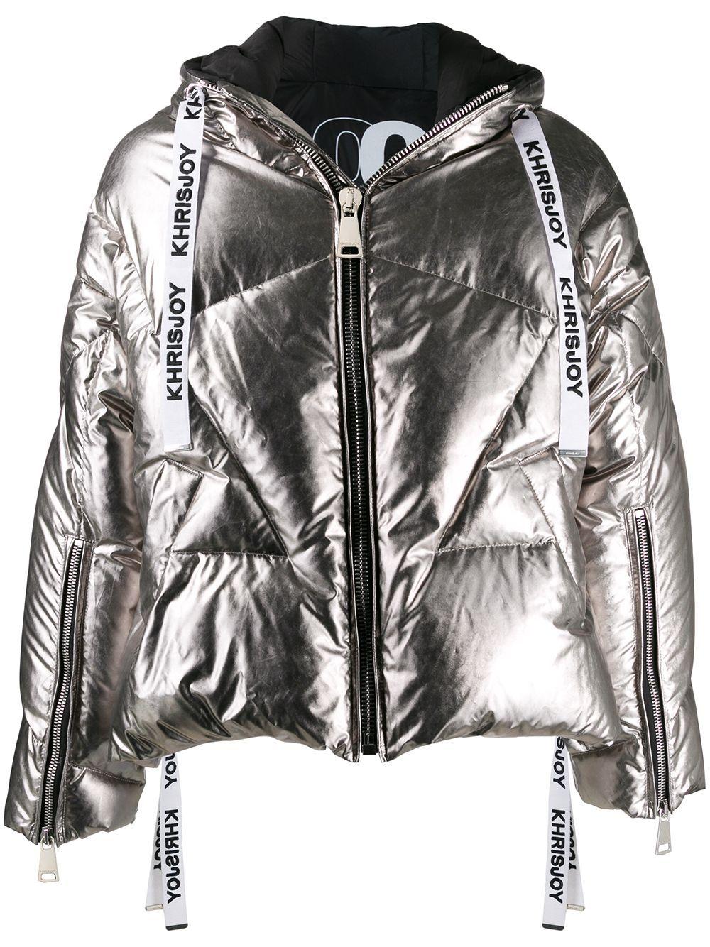 Khrisjoy Metallic Puffer Jacket Farfetch Silver Puffer Jacket Jackets Puffer Jackets [ 1334 x 1000 Pixel ]