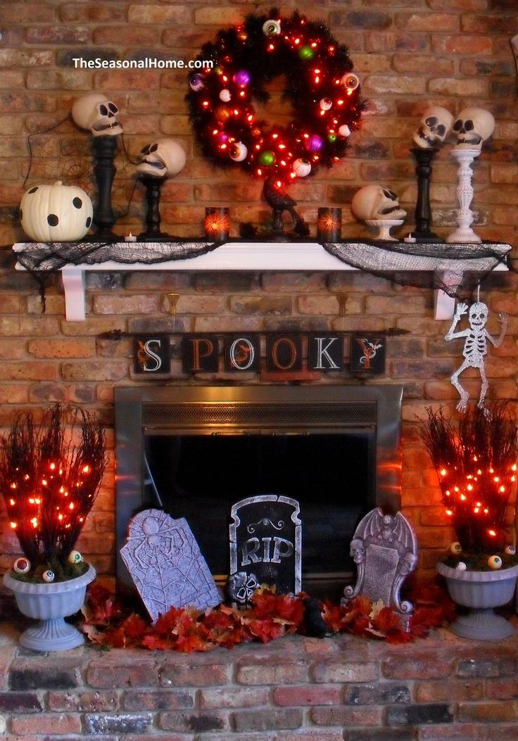 Eye Wreath Skull Spooky Halloween Fireplace - Skeleton, Rip, Light - halloween lighted decorations