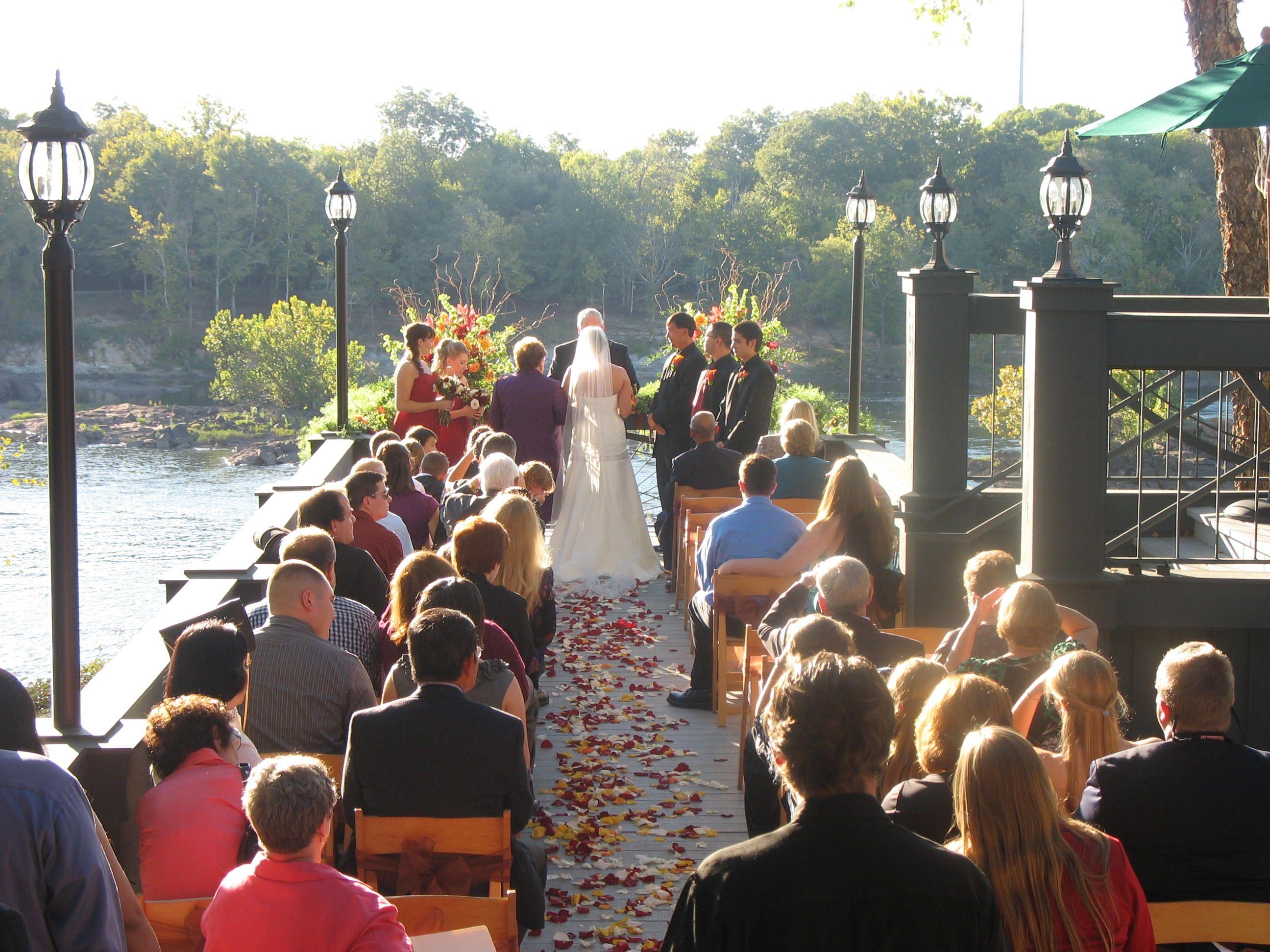 The Chattahoochee River ClubColumbus, GA Outdoor Wedding