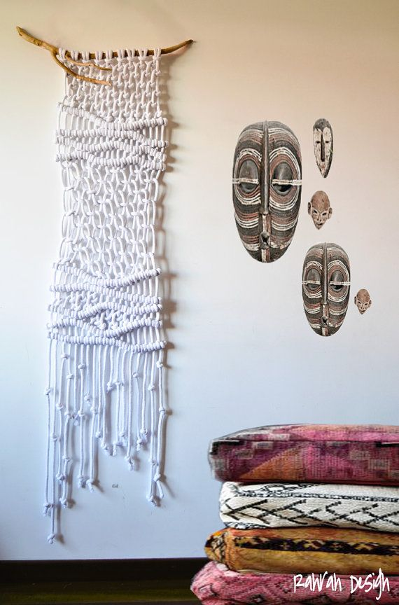 Unique contemporany macrame wall art hanged on a natural stick from South West France. This wallhanging is made in a sophisticated pure white adding texture to your wall in an organic way. Measures: W 50cm x H 140cm / W 19,68 inches x H 55,11 inches We ship worldwide