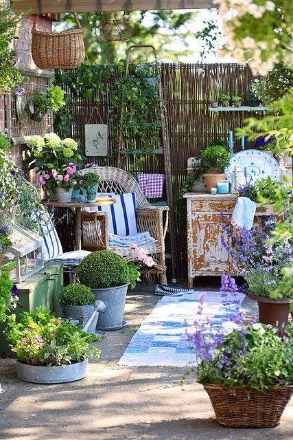 Superb Garden Nook