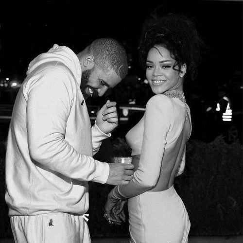 Pin By Ada On Singers In 2020 Rihanna And Drake Rihanna Relationship Drake Wallpapers