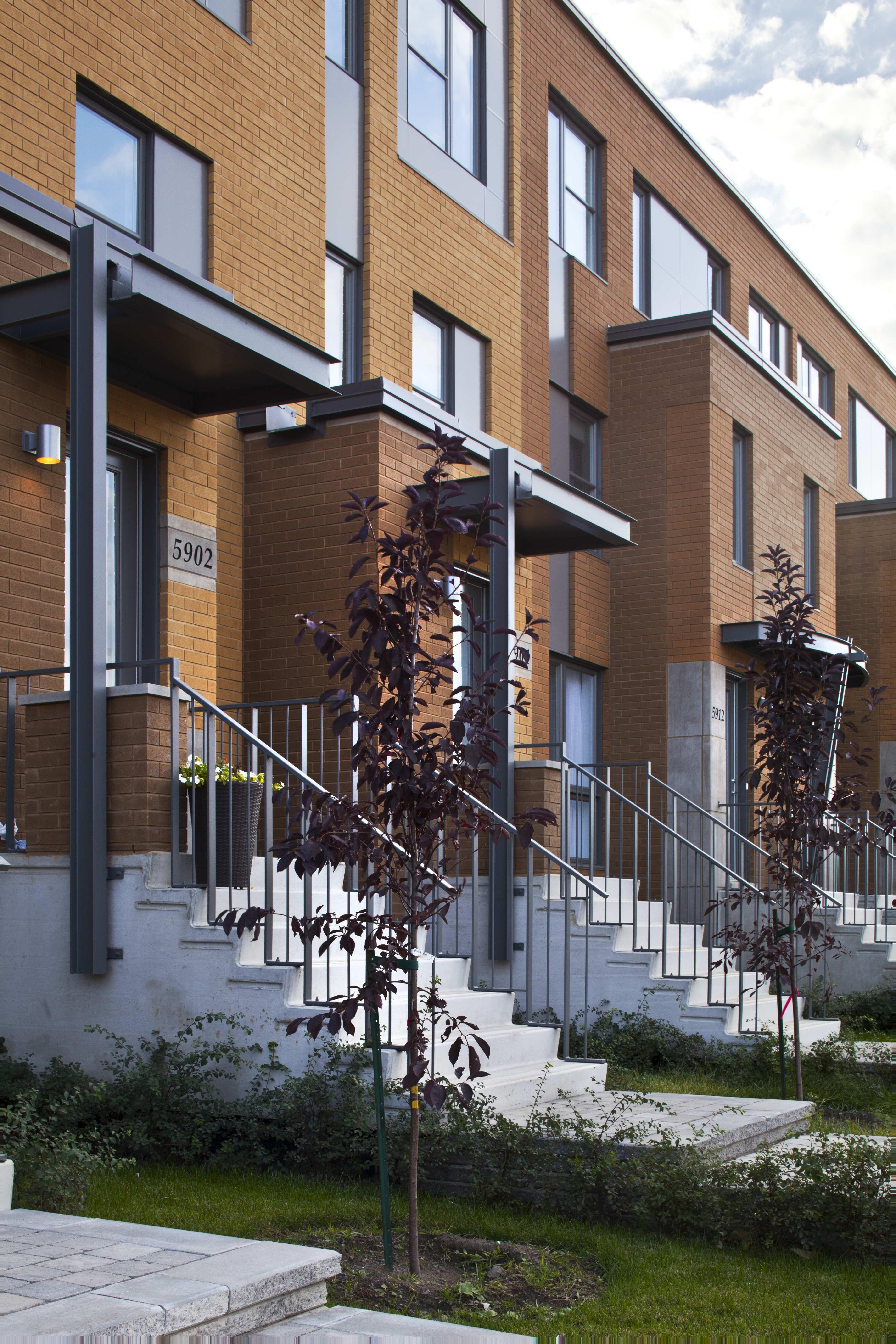 Maison de ville - rue Anne Courtamanche Habitations Laurendeau   Maison de ville, Plan urbanisme ...