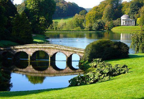 ce262bc24dce566dc6e533fb65f3dc7a - Best Time To Visit Stourhead Gardens