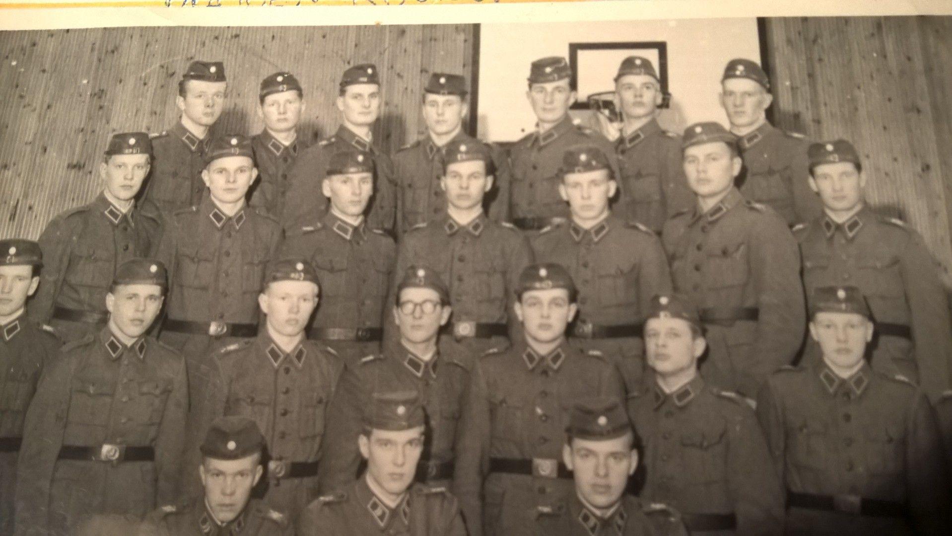Isäni armeijassa, Haminan jääkärikomppaniassa, 1960