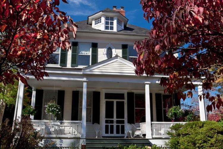 A New Month, but Little Change in Mortgage Rates