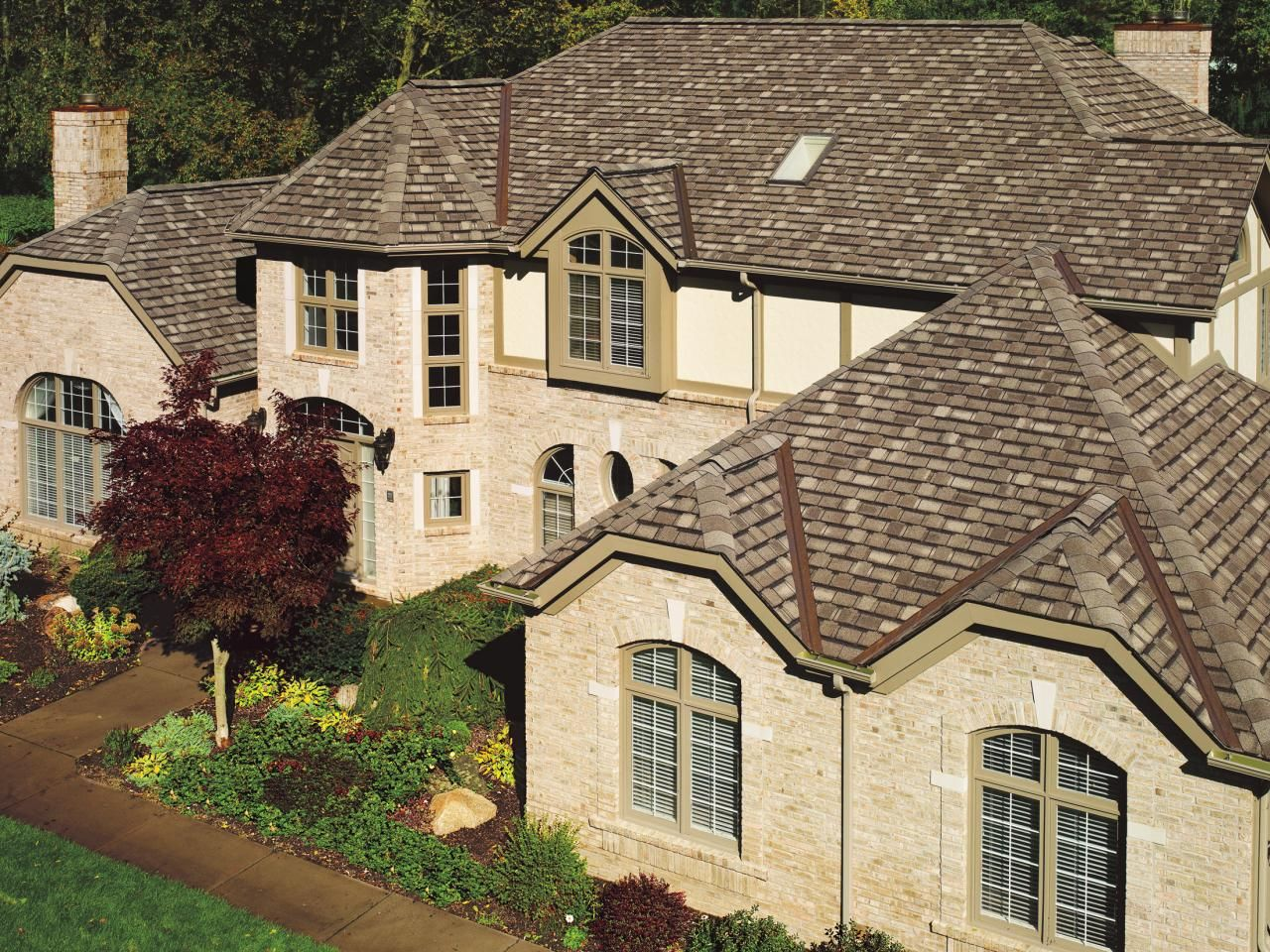 7 Popular Siding Materials To Consider: Top 6 Roofing Materials