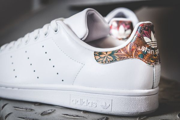 ADIDAS Stan Smith rose à fleurs - Urban Online | Sneakerszzz | Pinterest |  Adidas stan smith, Adidas stan and Stan smith