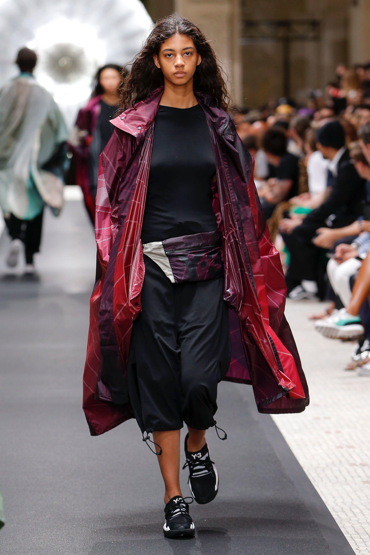 Y-3 Spring 2019 Ready-to-Wear Collection - Vogue Runway Fashion 4f33f4720db